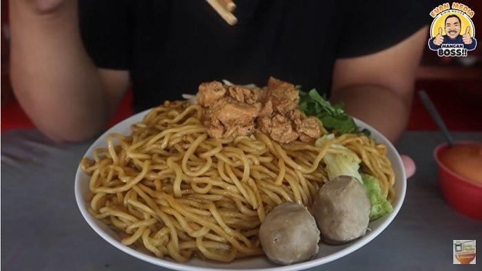 Mie Ayam Goreng Pak Darto Legendaris di Jogja, Sehari 20 Kg Mi Ludes Terjual