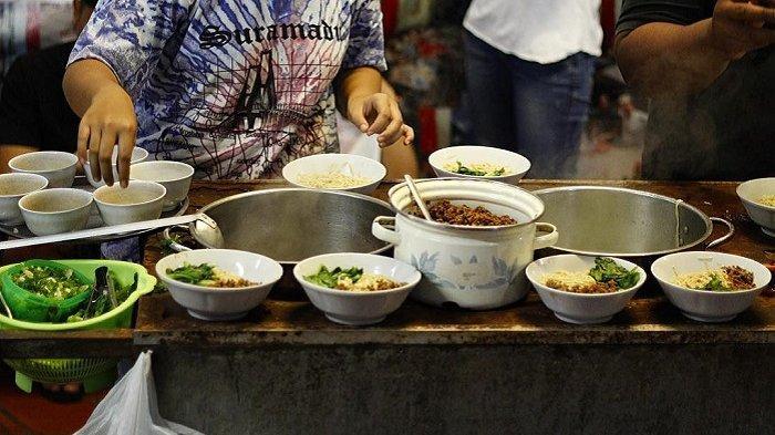 Selain Angkringan, 7 Kuliner Malam di Jogja Ini Wajib Banget Dicoba