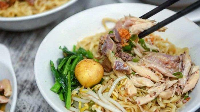 9 Tempat Makan Malam di Medan yang Terkenal Enak, Ada Mie Ayam Kumango dan Sate Memeng