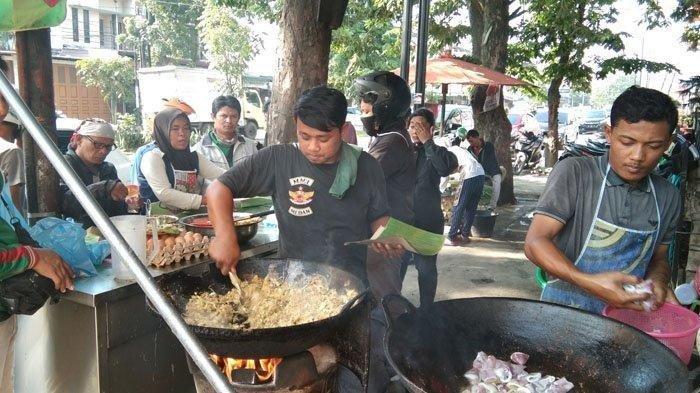 Asal-usul Penamaan Mie Balap Mail Krakatau, Kuliner Poupuler dan Legendaris di Medan