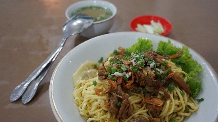 Depot Mie Gadjah Mada dan 4 Tempat Makan Mi Ayam di Malang untuk Makan Siang