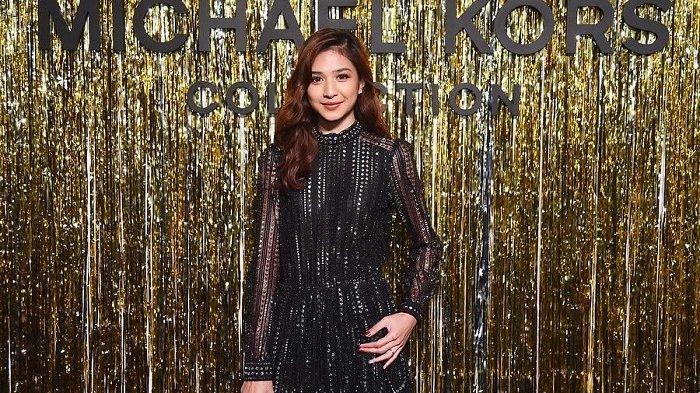 Usai Hadiri New York Fashion Week 2019, Mikha Tambayong Sempatkan Jalan-jalan di New York