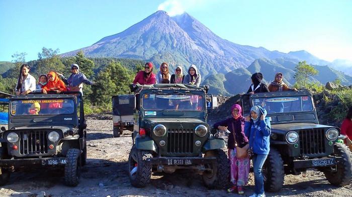 wisata jeep merapi rasakan sensasi penuh tantangan susuri gunung rh travel tribunnews com