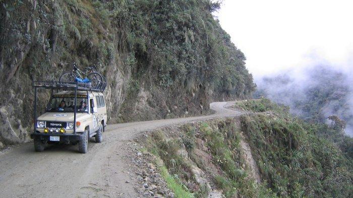 7 Rute Jalan Paling Berbahaya di Dunia, Ada North Yungas Road di Bolivia