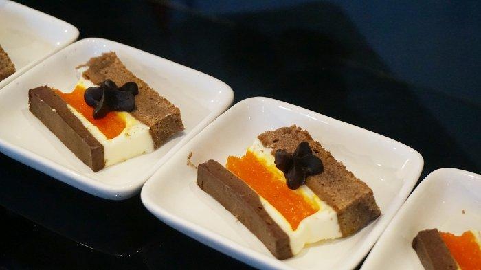 Mousse Citron et Chocolat yang terbuat dari cokelat dan jeruk sukade