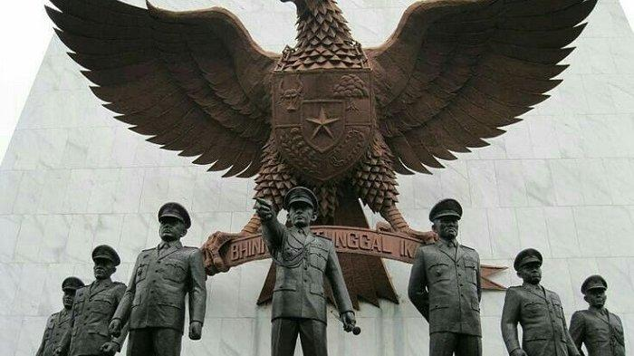 Peringati Hari Kesaktian Pancasila, Kunjungi Monumen Pancasila Sakti