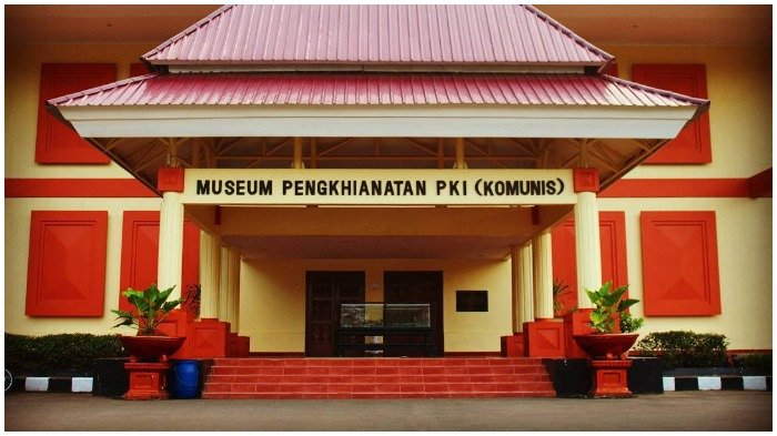 Di Museum Pengkhianatan PKI, Ada Pakaian Terakhir yang Dikenakan Para Pahlawan Revolusi