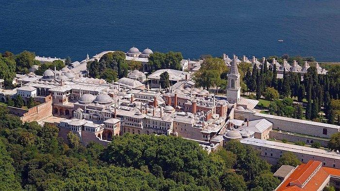 Museum Topkapi Turki Simpan Helai Rambut Nabi Muhammad SAW Halaman
