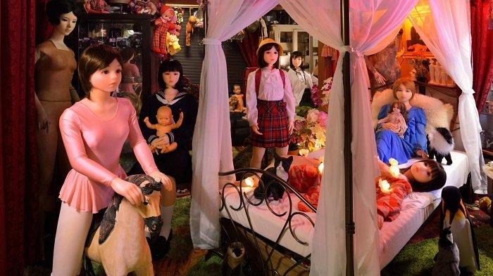 Museum Unik di Jepang, Ada Koleksi Kaca Mata Baca hingga Boneka Orang 18 Tahun ke Atas