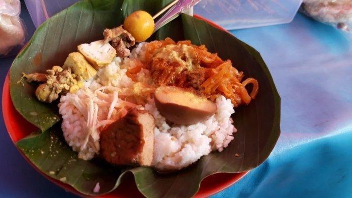 7 Kuliner Malam di Simpang Lima Semarang, Ada Seafood hingga Nasi Ayam