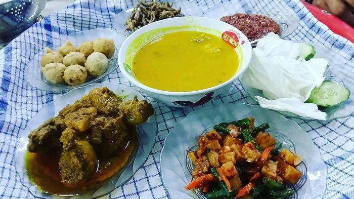 Fakta Unik Nasi Bedulang, Hidangan Khas Belitung yang Disajikan di Atas Tampah