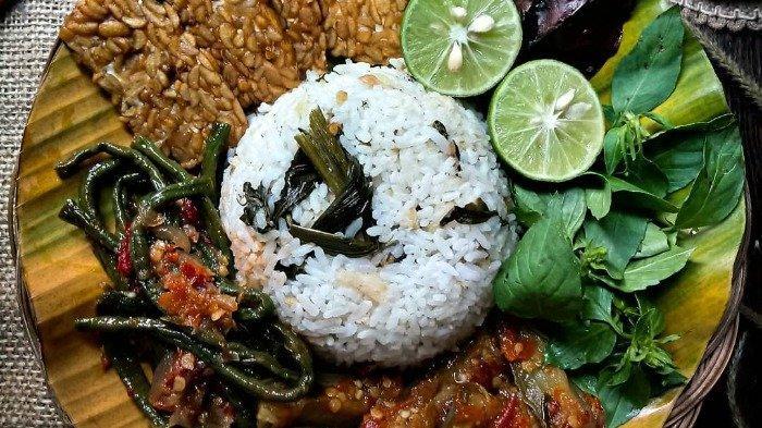Menilik Keistimewaan Nasi Bekepor, Warisan Kuliner Peninggalan Raja Kutai Kartanegara