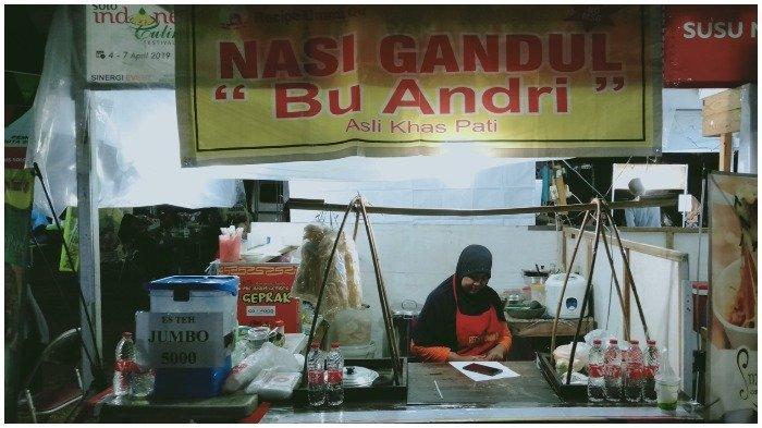 Ilustrasi kedai Nasi Gandul Bu Andri di acara Solo Indonesia Culinary Festival 2019