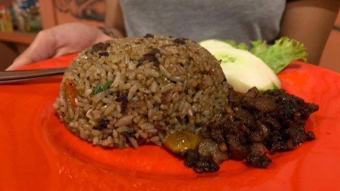 Begini Rasanya Kuliner Unik Nasi Goreng Bulu Babi Khas Tanjung Benoa, Mau Coba?