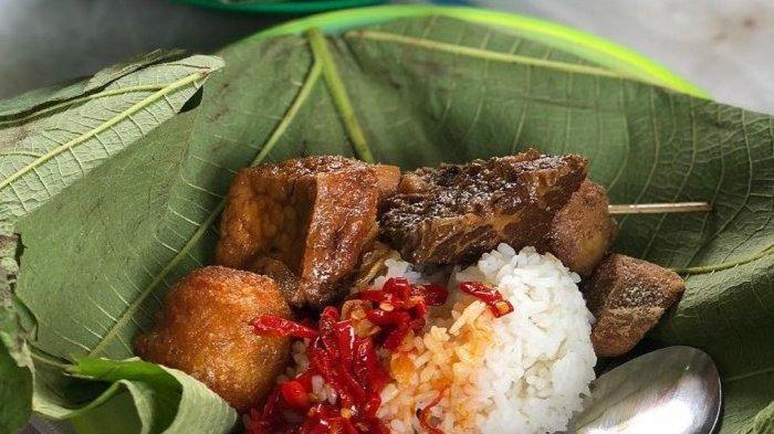 Resep Nasi Jamblang Khas Cirebon, Makin Nikmat Disajikan dengan Lauk Semur Hati Sapi