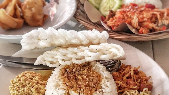 Rekomendasi 7 Kuliner Khas Malang untuk Sarapan, Coba Bubur Ayam Cak Mun yang Lezat