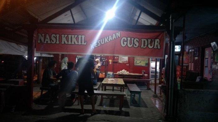 Nasi Kikil Kesukaan Gus Dur di Jalan KH Hasyim Asyari, Diwek, Jombang, Jawa Timur.