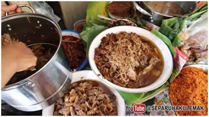 Pilihan lauk di Nasi Krawu Buk Tiban