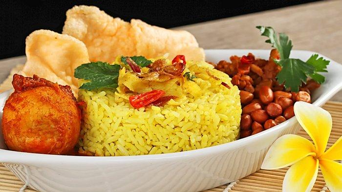 Jadi Kuliner Andalan, Nasi Kuning Bisa Dinikmati 24 Jam Non-stop di Gorontalo