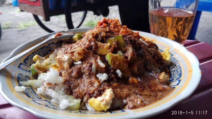 Ini Resep dan Cara Membuat Nasi Lengko Khas Cirebon, Kuliner Jawa Barat yang Lezat