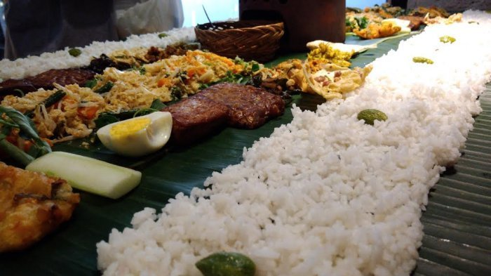Di Balik Kelezatan Nasi Liwet Jawa dan Sunda, Ternyata Ini Lho Perbedaannya