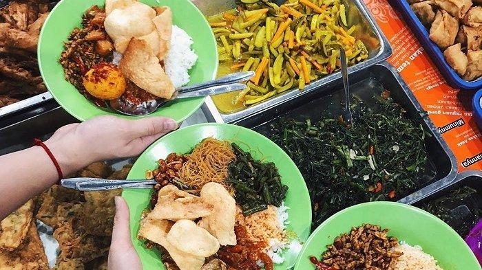 Nasi Uduk Bu Sum, nasi uduk enak di Jakarta.