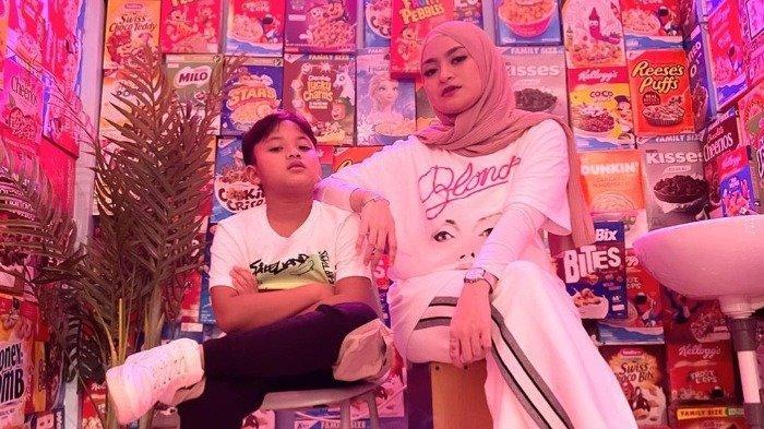 Intip Potret Akrab Nathalie Holscher dan Ferdinan, Putra Bungsu Sule di Kafe Instagramable Bekasi