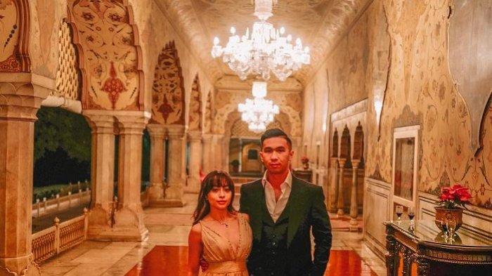 Nikita Willy dan Indra Priawan Nikmati Liburan Akhir Tahun 2018 di India, Simak Potret Romantisnya