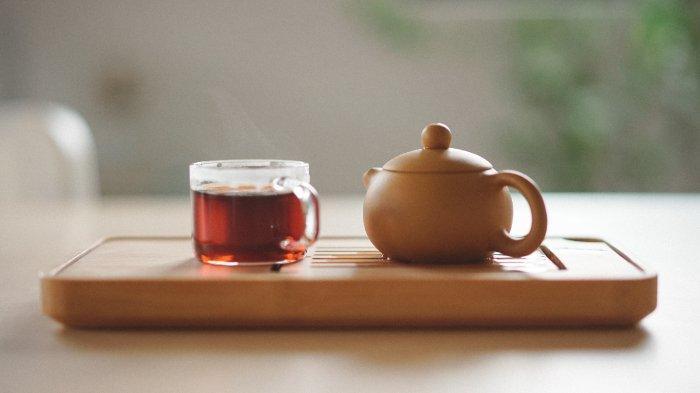 Ilustrasi secangkir teh hangat