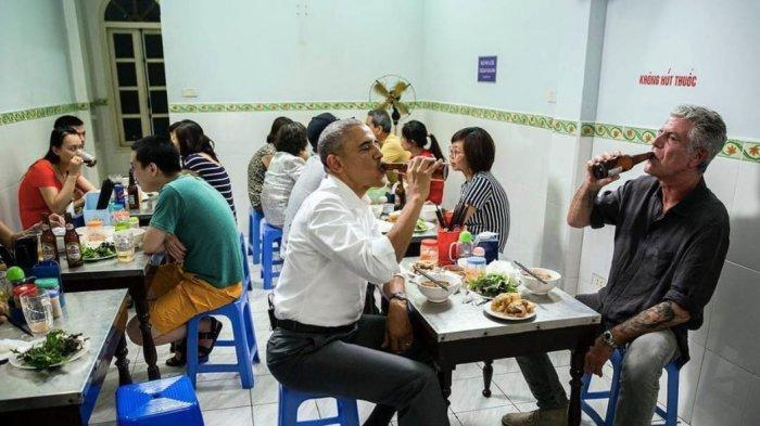Pernah Makan di Restoran Vietnam Bersama Juru Masak, Kini Meja 'Bekas' Obama Dipamerkan