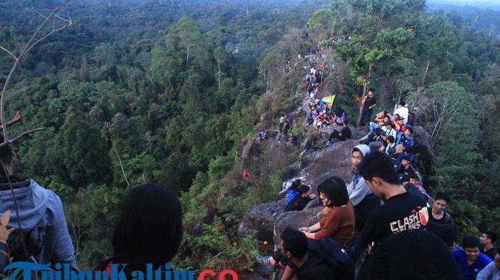 Ingin Saksikan Sunrise Saat Liburan di Kutai Kartanegara? Datanglah ke Batu Dinding