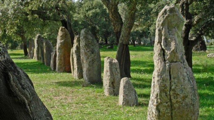 Jelajah Batu Pasak Wanua, Surga Tersembunyi di Minahasa Tenggara