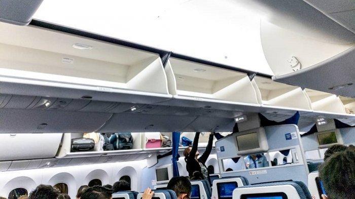 Ilustrasi bagasi kabin (overhead bin) di pesawat.