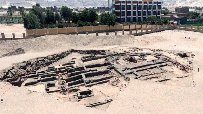 Arkeolog Temukan Situs yang Diduga Sebagai Pabrik Bir Tertua di Dunia