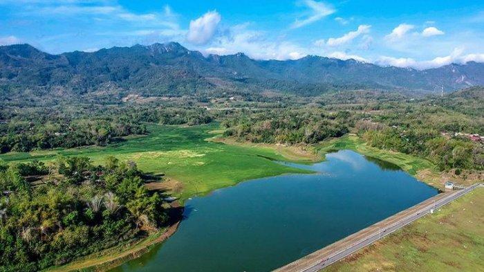 Melihat Waduk Tandon Wonogiri saat Surut, Jadi Padang Rumput dan Tempat Wisata Instagramable