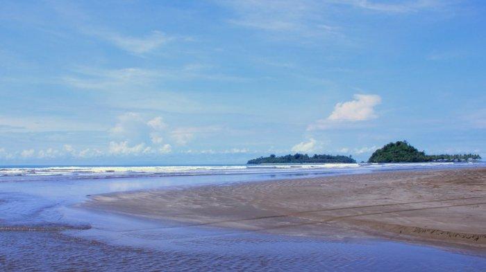 Selama Libur Lebaran, 63 Ribu Wisatawan Kunjungi Pantai Air Manis Padang