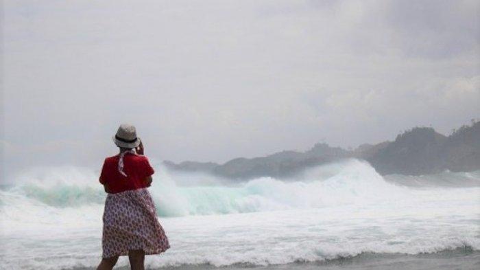 Pantai Balekambang dan Batu Bengkung, Tempat Wisata di Malang Buat Liburan Akhir Pekan