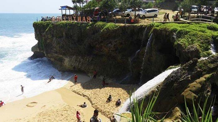 Harga Tiket Masuk Pantai Banyu Tibo Pacitan Terbaru 2021 untuk Liburan Akhir Pekan