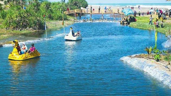 Salah satu tempat wisata di Pantai Bopong