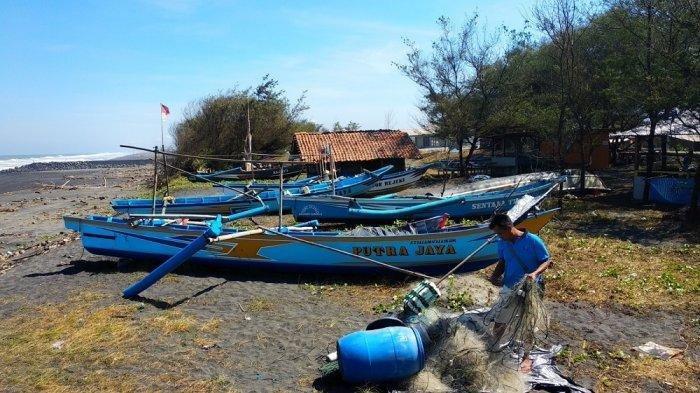 Gelombang Tinggi, Nelayan Kulon Progo Banting Dayung Jadi Perahu Wisata