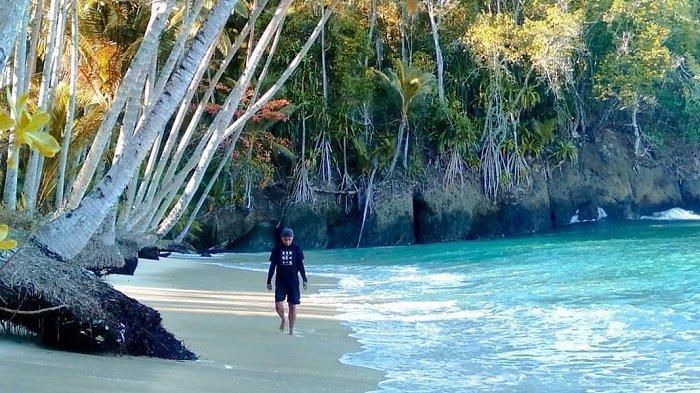 Rekomendasi 7 Tempat Wisata di Kepulauan Sangihe, Coba Jelajahi Pantai Malahi