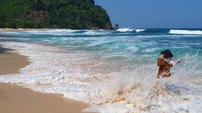 Melihat Pesona Indah dari Pantai Ngalur, Surga yang Tersembunyi di Tulungagung, Jawa Timur
