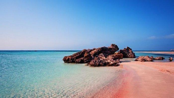 6 Pantai Pink Terindah di Dunia, Cocok Buat Liburan Romantis Bareng Pasangan