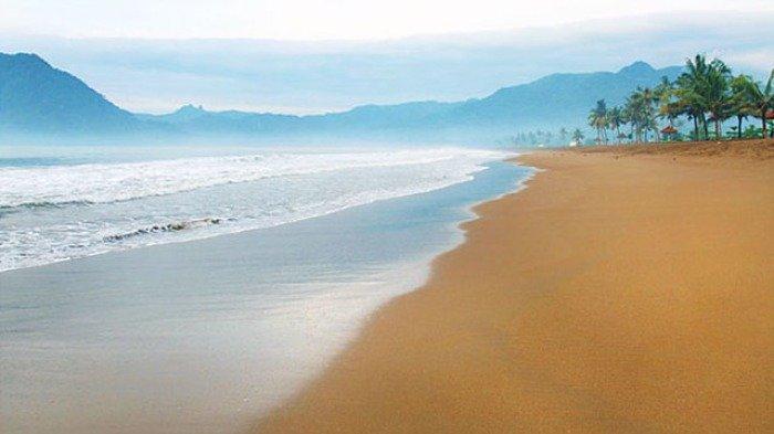 Liburan Akhir Pekan ke Pantai Prigi, Bebas Foto Sepuasnya di Spot Instagramable