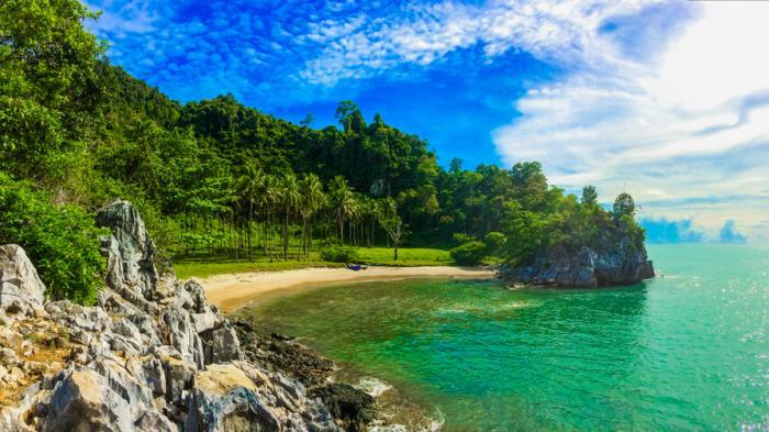 Teluk Jantang - Begini Keindahan Tersembunyi Pantai di Aceh Besar, Wanita Dilarang Masuk
