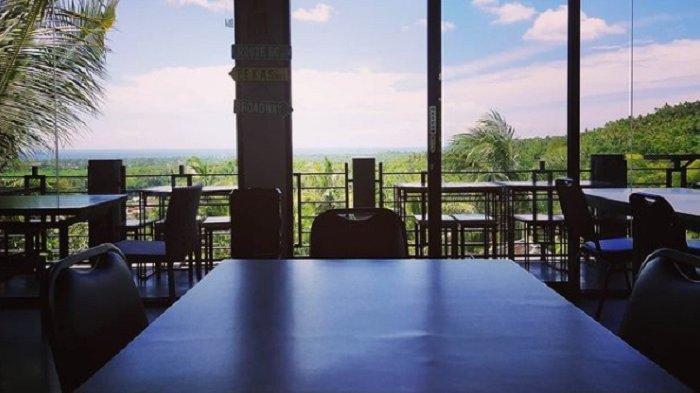 TRAVEL UPDATE: Bersantai Sejenak di Panyawangan Resto Lombok, Tempat Makan dengan Pesona Perbukitan