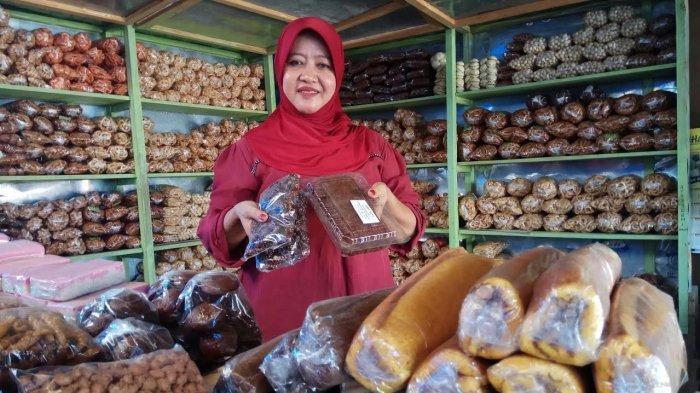 Pasar Sentral Sinjai, Pusat Belanja Oleh-oleh Kue Tradisional Khas Sinjai