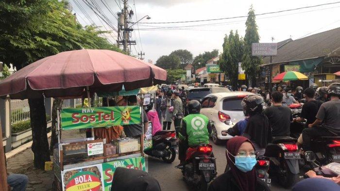 Kampus II UMS, Pasar Takjil Dadakan Favorit Masyarakat Solo saat Ramadan