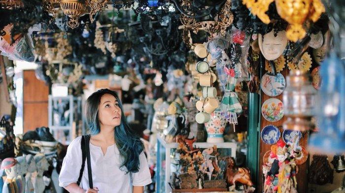 Pasar Triwindu, Surganya bagi Para Pecinta Barang Antik dan Unik di Solo