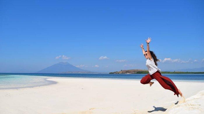 Mengenal Lebih Dekat Pasir Timbul Meko, Pulau Unik di Nusa Tenggara Timur yang Bisa Tenggelam